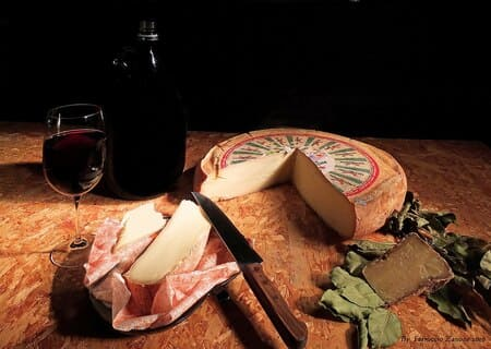 Puzzone-formaggi-italiani