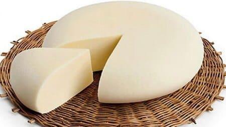 Vastedda-della-valle-del-Belice-formaggio-italiano
